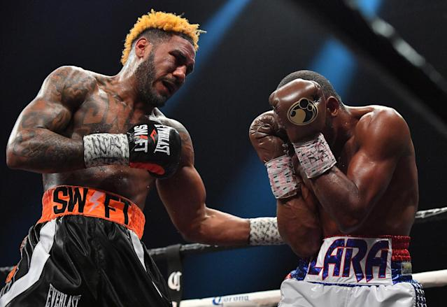 Jarrett Hurd (R) throws a left at Erislandy Lara during their WBA/IBF junior middleweight unification title fight at The Joint inside the Hard Rock Hotel & Casino on April 7, 2018 in Las Vegas, Nevada. Hurd won by split decision. (Getty Images)
