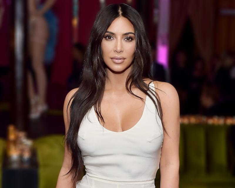 Kim Kardashian Got Body Shamed For Her Popcorn Kernel Toenails By Internet Trolls