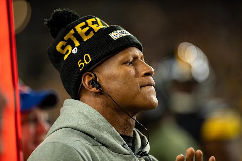 Ryan Shazier in a Pittsburgh Steelers winter hat.