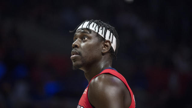 "<a class=""link rapid-noclick-resp"" href=""/nba/players/4622/"" data-ylk=""slk:Jrue Holiday"">Jrue Holiday</a> has been huge for the Pelicans this season. (AP)"