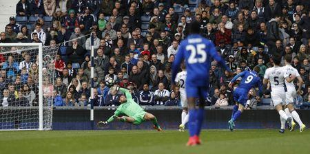 Britain Football Soccer - West Bromwich Albion v Leicester City - Premier League - The Hawthorns - 29/4/17 Leicester City's Jamie Vardy scores their first goal Reuters / Darren Staples Livepic