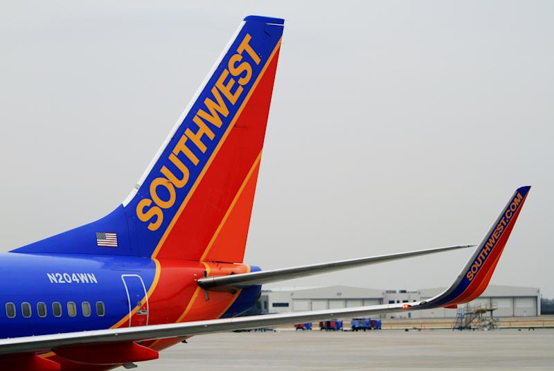 Southwest Airlines Flight 1380 Makes Emergency Landing After Engine Blows Out