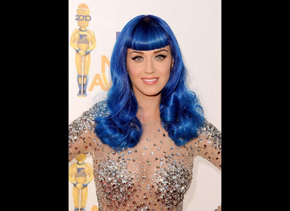 Katy Perry arrives at the 2010 MTV Movie Awards held at the Gibson Amphitheatre at Universal Studios  on June 6, 2010 in Universal City, California.  (Photo by Kevin Winter/Getty Images)