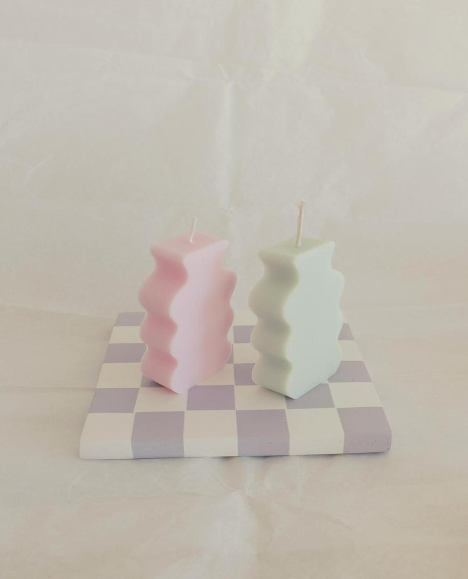 <p>We want so many of these <span>Small Wavy Vase Candles</span> ($12 and up each).</p>