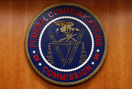U.S. appeals court hears challenge to FCC net neutrality repeal