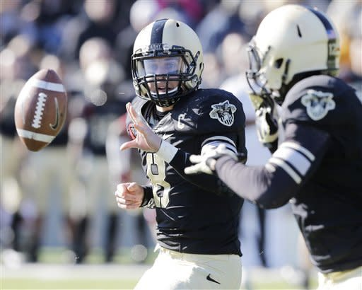 Harris scores 7 TDs as Temple beats Army 63-32