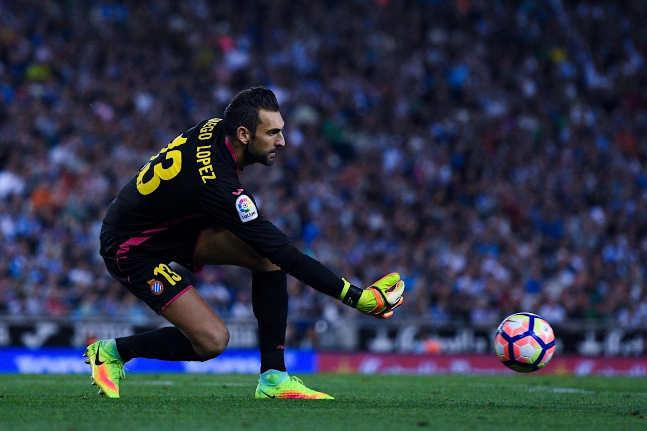 Diego Lopez completes permanent move from AC Milan to Espanyol following Chelsea transfer links