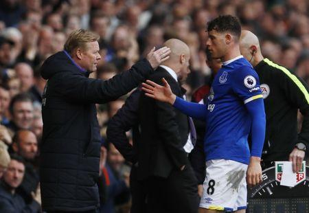 Britain Soccer Football - Everton v Burnley - Premier League - Goodison Park - 15/4/17 Everton's Ross Barkley shakes hands with manager Ronald Koeman as he walks off to be substituted Action Images via Reuters / Jason Cairnduff Livepic