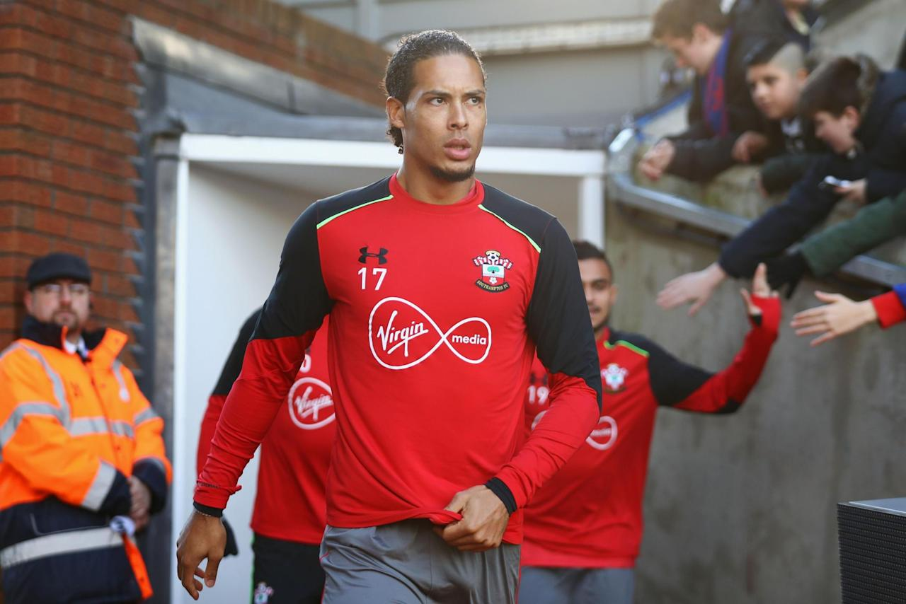 Chelsea expect up to four summer signings but abandon chase for Southampton's Virgil van Dijk