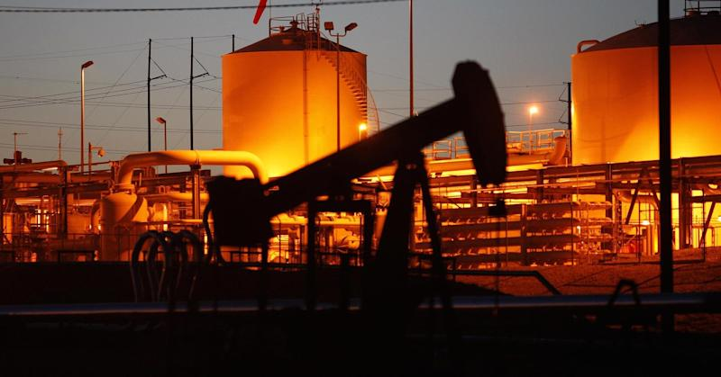 Oil rally could be capped as shale output jumps, JPMorgan says