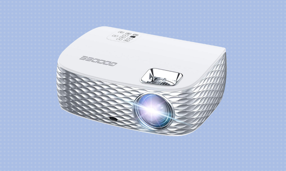 Save up to 40 percent on top-rated movie projectors. (Photo: Amazon)