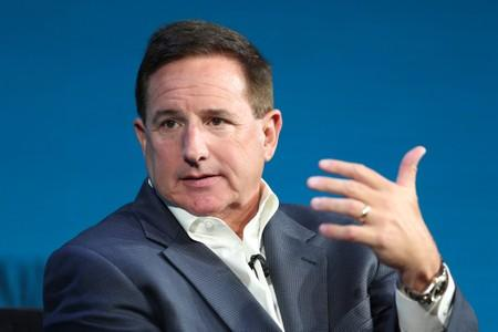 Oracle CEO Mark Hurd takes medical leave; first-quarter revenue misses