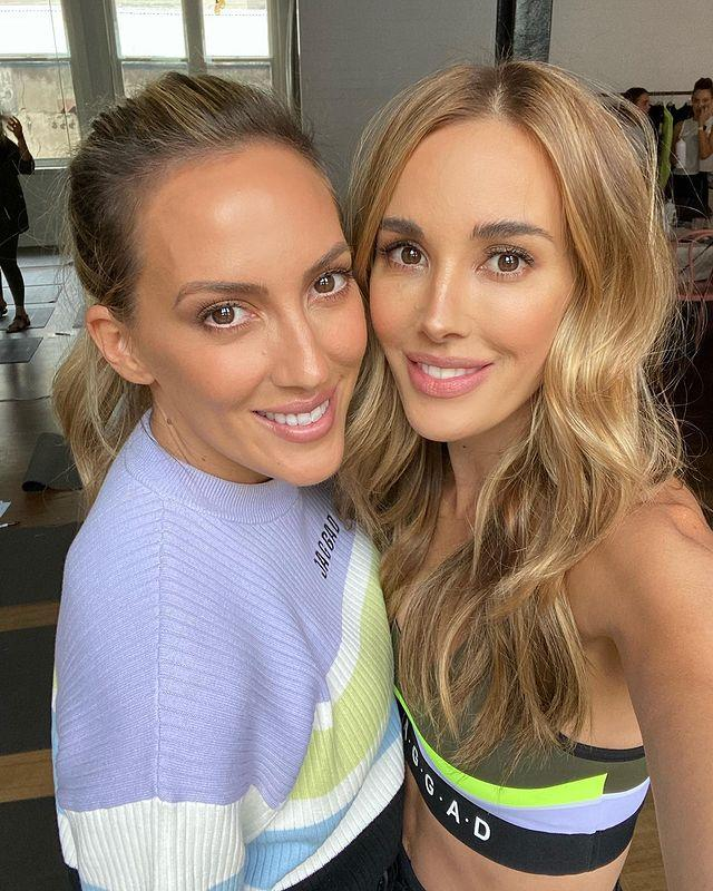 Bec Judd and her lookalike sister Kate have stunned fans. Photo: Instagram/becjudd.