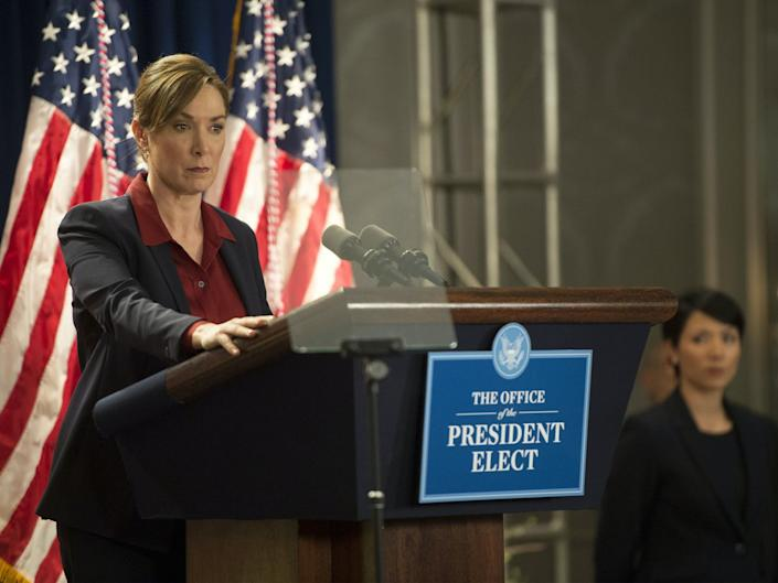 "<span class=""caption"">President Elizabeth Keane of 'Homeland' is a craven politician who has a ruinous tenure in office.</span> <span class=""attribution""><a class=""link rapid-noclick-resp"" href=""https://www.trbimg.com/img-5b98e9c1/turbine/la-1536747962-e0ttp66x8j-snap-image"" rel=""nofollow noopener"" target=""_blank"" data-ylk=""slk:Showtime"">Showtime</a></span>"