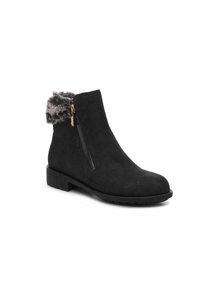 cd7e8095b37 The Best Comfortable Shoe Cyber Monday Deals—Including Meghan Markle s  Go-To Boots and UGGs for 50% Off