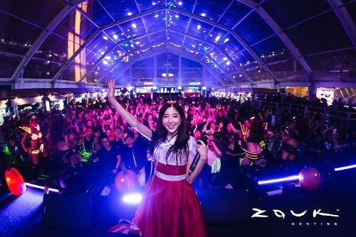 DJ Sura bringing a Korean touch to her EDM set (Photo source: Zouk Genting's Instagram).