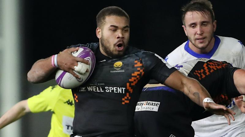 Two tries from Ollie Lawrence help Worcester to victory