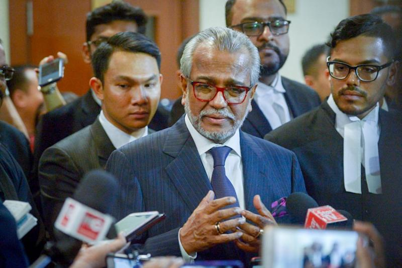 Tan Sri Shafee Abdullah said the RM9.5 million paid by Datuk Seri Najib Razak was not for the task of being lead prosecutor in Datuk Seri Anwar Ibrahim's Sodomy II appeals, but for unpaid work for BN in election petition cases. ― Picture by Mukhriz Hazim