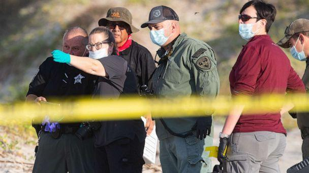 PHOTO: Several state agencies conduct an investigation on Padre Island beach in Kleberg County near mile marker 263 after human remains where found on Monday, Oct. 28, 2019. (Courtney Sacco/Caller-Times, Corpus Christi/USA Today Network)