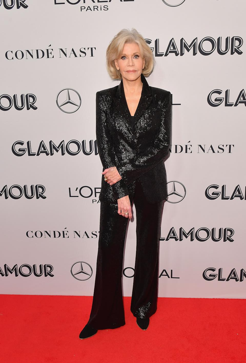 Jane Fonda wearing a black sequin suit. <em>[Photo: Getty]</em>