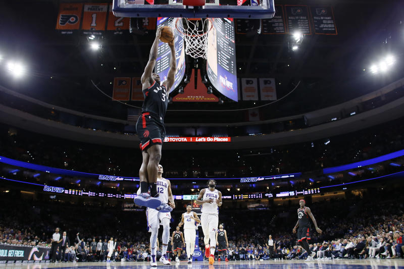 Toronto Raptors' OG Anunoby goes up for a dunk during the second half of an NBA basketball game against the Philadelphia 76ers, Sunday, Dec. 8, 2019, in Philadelphia. (AP Photo/Matt Slocum)