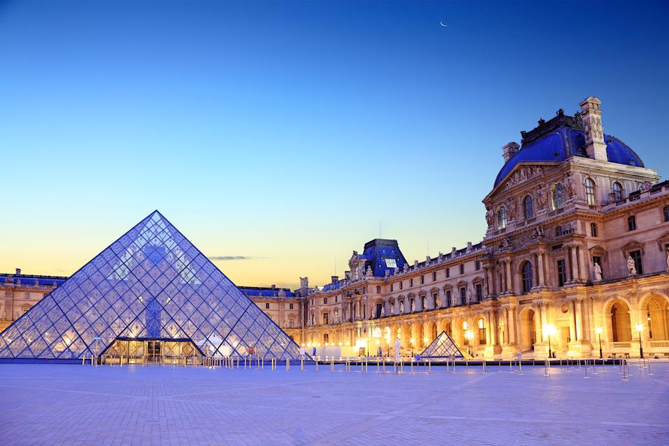 The Louvre in Paris contains a wealth of art. (Photo: seng chye teo via Getty Images)