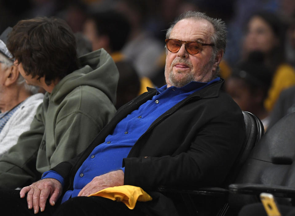 Jack Nicholson may have needed to show his ticket before taking his usual seat at the Lakers game Sunday. (AP Photo)