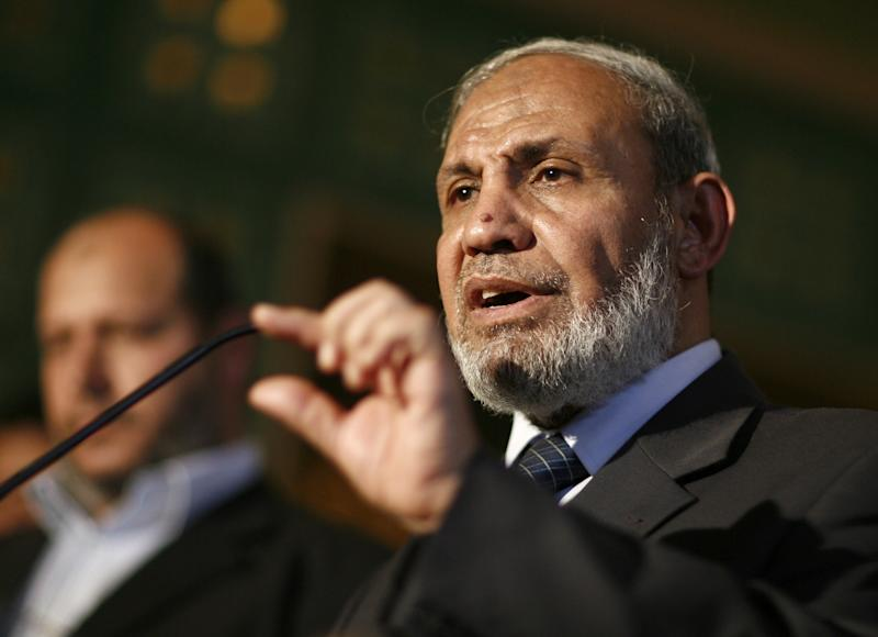Mahmud Zahar, senior Hamas leader, speaks to the press in Cairo on March 29, 2011