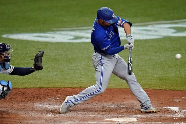 Grichuk hits 3-run homer in 7th, Blue Jays beat Rays 6-4