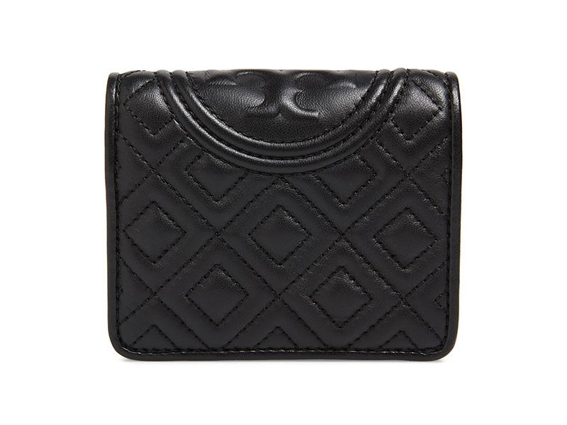 This quilted leather wallet is a great gift for any fashionista. (Photo: Nordstrom)