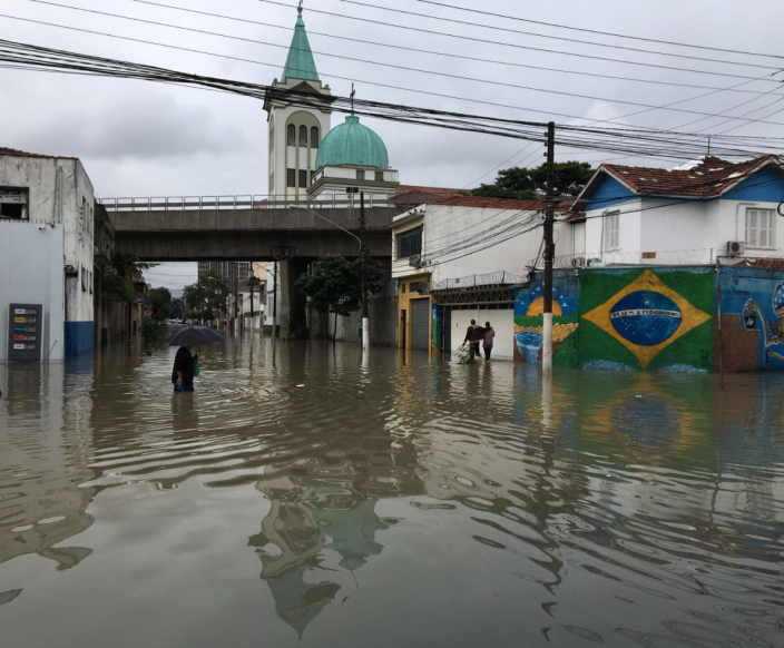 Flooding in Greater São Paulo after the Tiete and Pinheiros rivers broke their banks. Photo: Paulo Pinto/Fotos Publicas