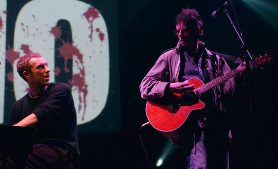 Chris Martin and Ian McCulloch performing during the One Big No anti-war concert at Shepherds Bush Empire in London. (Photo: Yui Mok/PA Images via Getty Images)