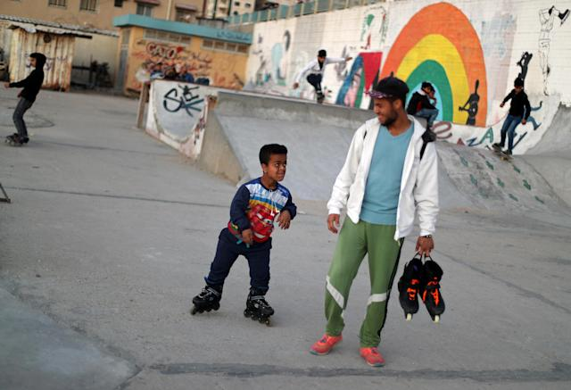 Members of Gaza Skating Team are seen during the rollerblading and skating training session, at the seaport of Gaza City March 8, 2019. Picture taken March 8, 2019. REUTERS/Mohammed Salem