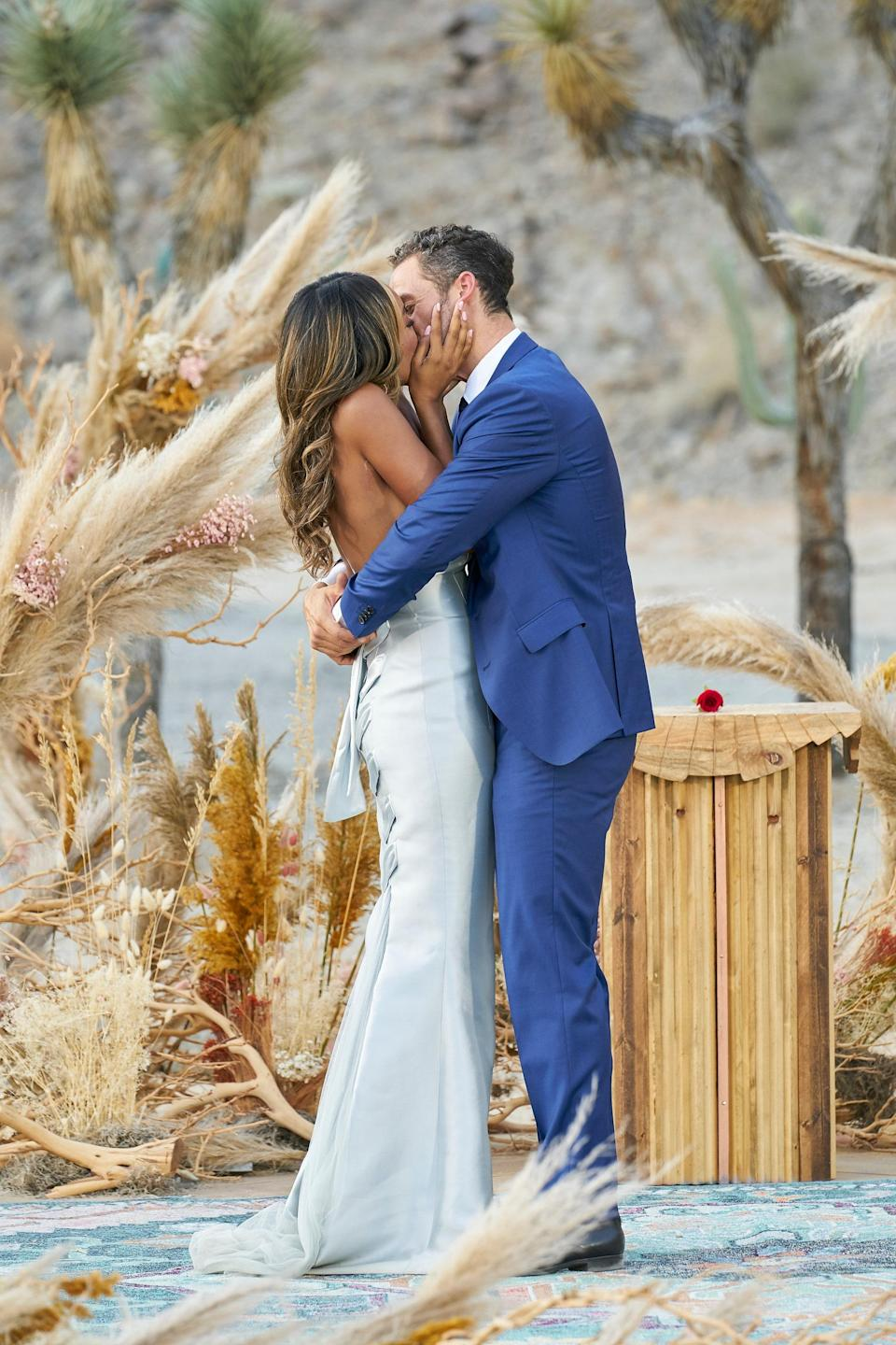 "<h1 class=""title"">Tayshia-Adams-Zac-Clark-The-Bachelorette-kiss-proposal.jpg</h1><cite class=""credit"">Craig Sjodin/ABC</cite>"