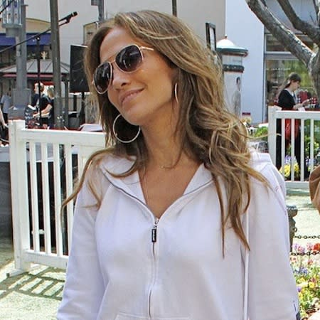 Jennifer Lopez splashes cash in Hamptons