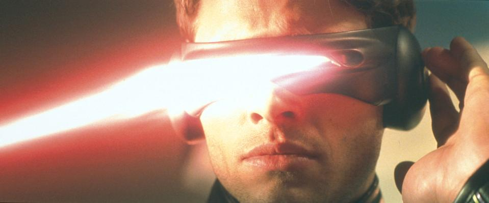 """373216 04: Cyclops (James Marsden) Lets Out An Optic Blast From His Visors In The Film """"X-Men.""""  (Photo By Getty Images)"""