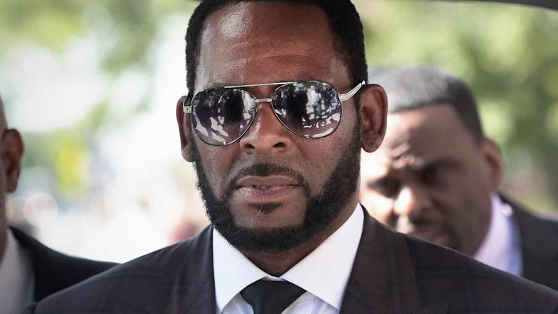R  Kelly Says There's 'Zero' Evidence He Has Herpes