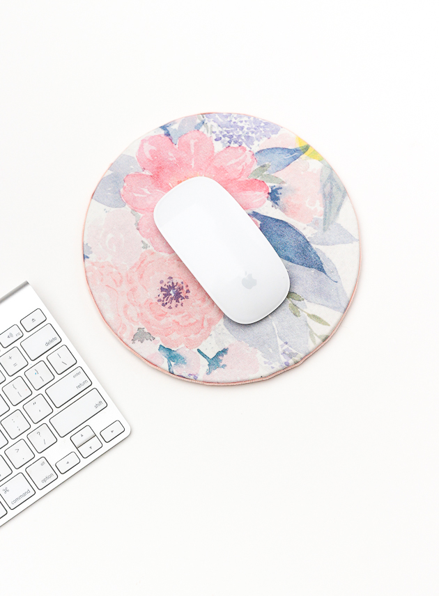 """<p>Here's how you up your school supply game in a totally unique, actually beautiful way. (And no, you don't need to know how to sew or paint watercolor flowers.) Get the tutorial at <a href=""""http://thecraftedlife.com/diy-floral-mouse-pad-for-spring/"""" target=""""_blank"""">The Crafted Life</a>.</p><p><a class=""""body-btn-link"""" href=""""https://www.amazon.com/Mouse-Boshiho-Eco-Friendly-Natural-Support/dp/B07GB5XBS6/ref=pd_lpo_sbs_147_t_0?tag=syn-yahoo-20&ascsubtag=%5Bartid%7C10057.g.21285544%5Bsrc%7Cyahoo-us"""" target=""""_blank"""">BUY NOW</a> <strong><em>Cork Mousepad, $11</em></strong></p>"""