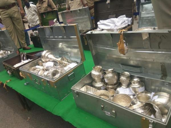Ornaments worth Rs 15 lakh which was seized during a raid in Anantapuram district.