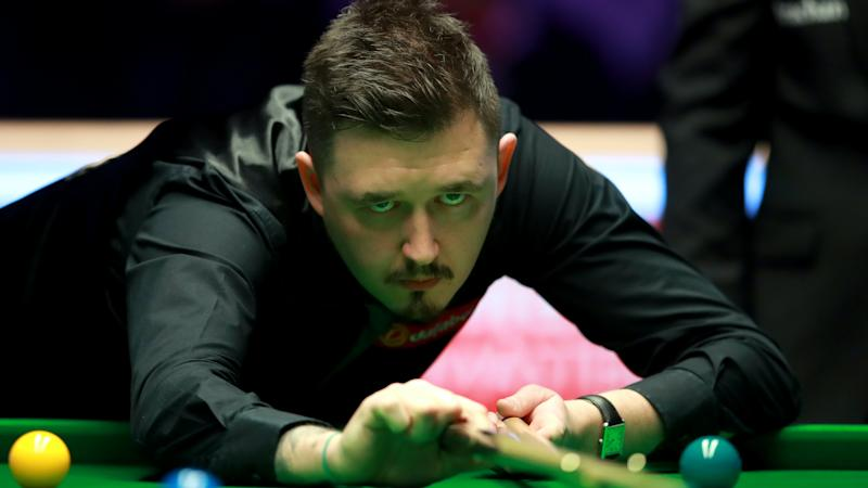 Big cheers for Ronnie O'Sullivan and Kyren Wilson as fans return to the Crucible