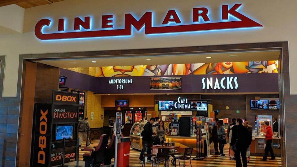 Universal inks deal with Cinemark for faster theater-to-digital film transfer