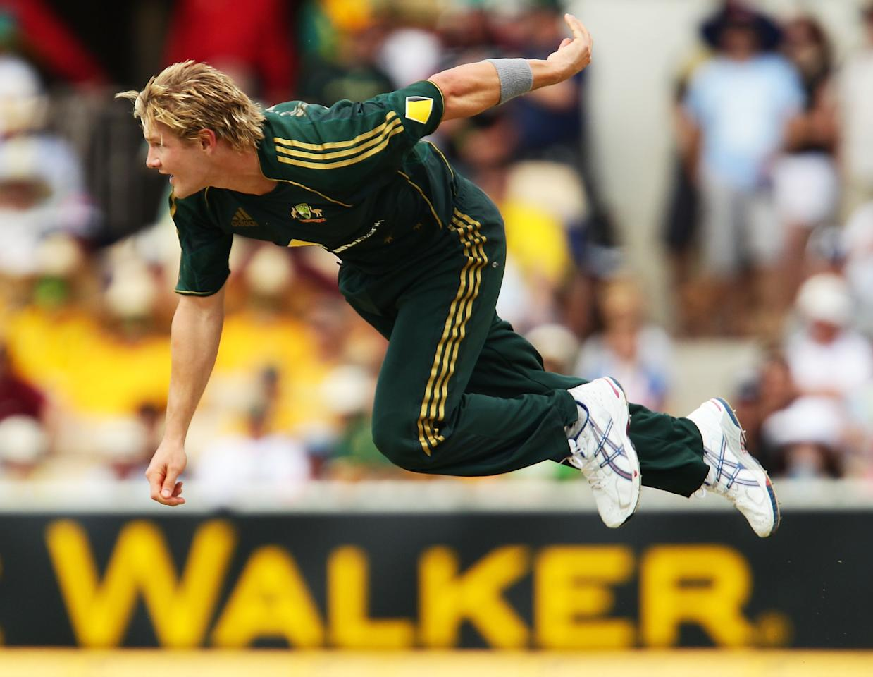 ADELAIDE, AUSTRALIA - FEBRUARY 09:  Shane Watson of Australia bowls during the second One Day International between Australia and the West Indies at Adelaide Oval on February 9, 2010 in Adelaide, Australia.  (Photo by Matt King/Getty Images)