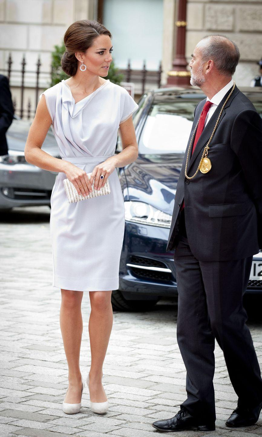 <p>Kate attended the UK Creative Industries Reception wearing a pale gray Roksana Ilincic dress with a cowl neckline. </p>