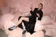 """<p><span>The recent focus of body-shaming for her small figure, which she says is related to her experience with </span><a rel=""""nofollow"""" href=""""https://sg.news.yahoo.com/hashimotos-disease-weight-related-condition-gigi-hadid-suffers-170257344.html"""" data-ylk=""""slk:Hashimoto's disease;outcm:mb_qualified_link;_E:mb_qualified_link;ct:story;"""" class=""""link rapid-noclick-resp yahoo-link""""><span>Hashimoto's disease</span></a><span>, Gigi Hadid has more than one reason to need a stress-relief routine. Luckily the model and California native has found what soothes her — art. """"</span><span>It's really relaxing. I do a lot of art at home, like painting, drawing, sometimes working with clay,"""" Hadid </span><a rel=""""nofollow noopener"""" href=""""http://www.harpersbazaar.com/fashion/models/a17451/gigi-hadid-tommy-x-interview/"""" target=""""_blank"""" data-ylk=""""slk:told"""" class=""""link rapid-noclick-resp""""><span>told</span></a> <i><span>Harper's Bazaar.</span></i><span> """"I build a lot of Lego sets. That's art, I guess!""""</span><br>(Photo: Getty Images) </p>"""