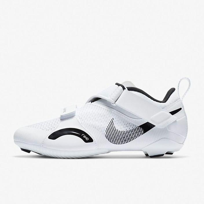 """<p><strong>Nike</strong></p><p>nike.com</p><p><strong>$120.00</strong></p><p><a href=""""https://go.redirectingat.com?id=74968X1596630&url=https%3A%2F%2Fwww.nike.com%2Ft%2Fsuperrep-cycle-womens-indoor-cycling-shoe-tMMfR6&sref=https%3A%2F%2Fwww.bicycling.com%2Fbikes-gear%2Fg35100184%2Fspin-shoes%2F"""" rel=""""nofollow noopener"""" target=""""_blank"""" data-ylk=""""slk:Shop Now"""" class=""""link rapid-noclick-resp"""">Shop Now</a></p><p>If you're a swoosh loyalist, you'll be excited to try their best indoor-friendly model to date. Available in three different colorways (we're partial to the sleek white), reviews on the site suggest sizing up a half-to-full size.</p>"""