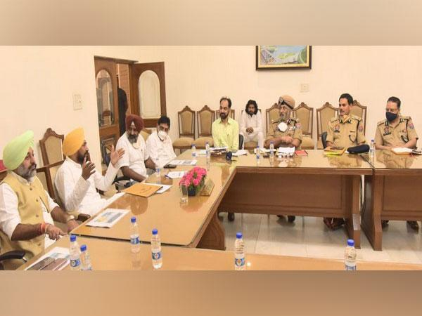 Picture of high-level security meeting by Charanjit Singh Channi (Photo:Government of Punjab/Twitter)