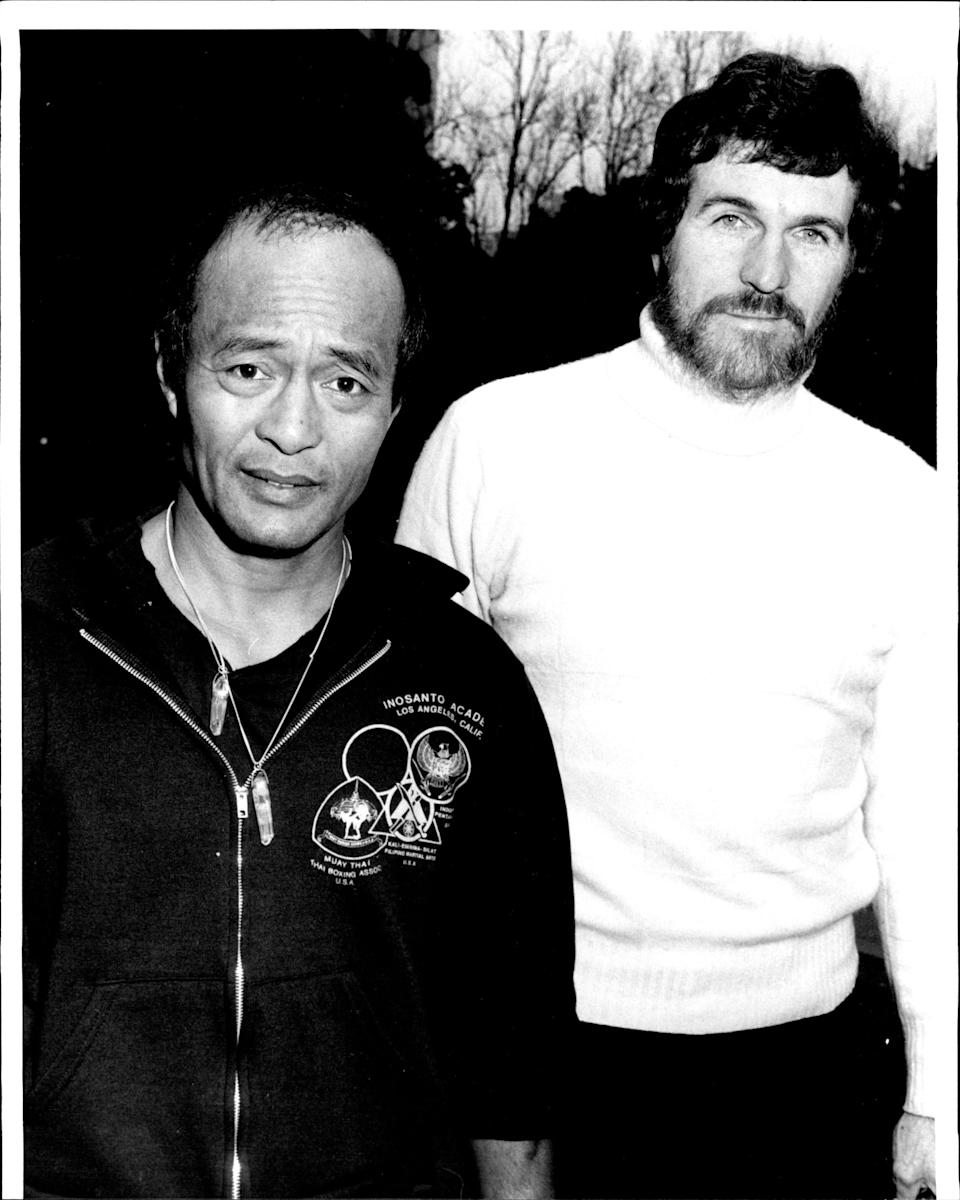 American Kung Fu Expert Dan Inosanto sparring with film maker Walt Missingham in Sydneys Hyde Park. August 13, 1987. (Photo by John Patrick O'Gready/Fairfax Media via Getty Images)