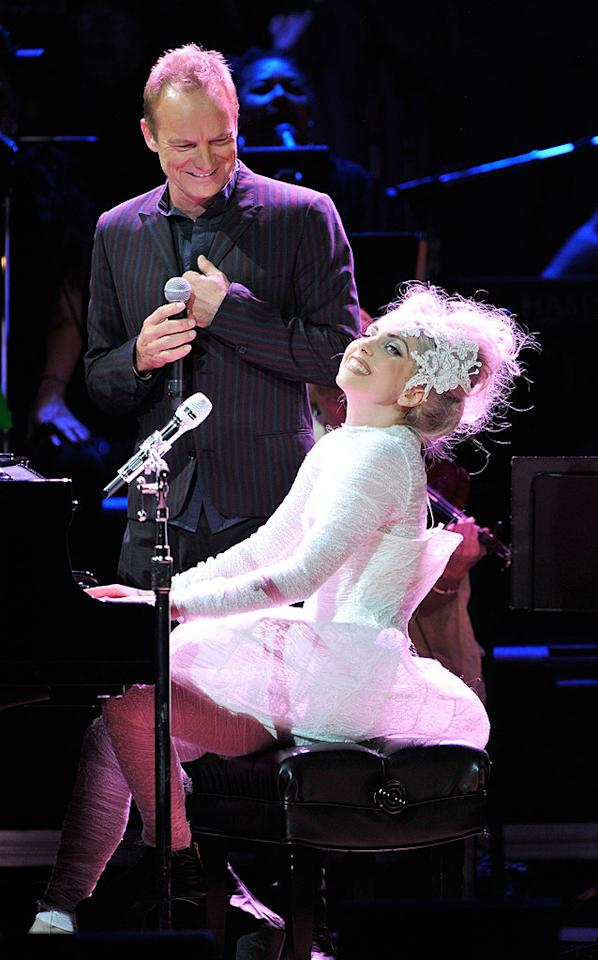 """The whole crew, including Gaga, Sting, Springsteen, Elton John, Debbie Harry, and more, hit the stage for the all-star finale -- a cover of Journey's """"Don't Stop Believin'."""" Kevin Mazur/<a href=""""http://www.wireimage.com"""" target=""""new"""">WireImage.com</a> - May 13, 2010"""