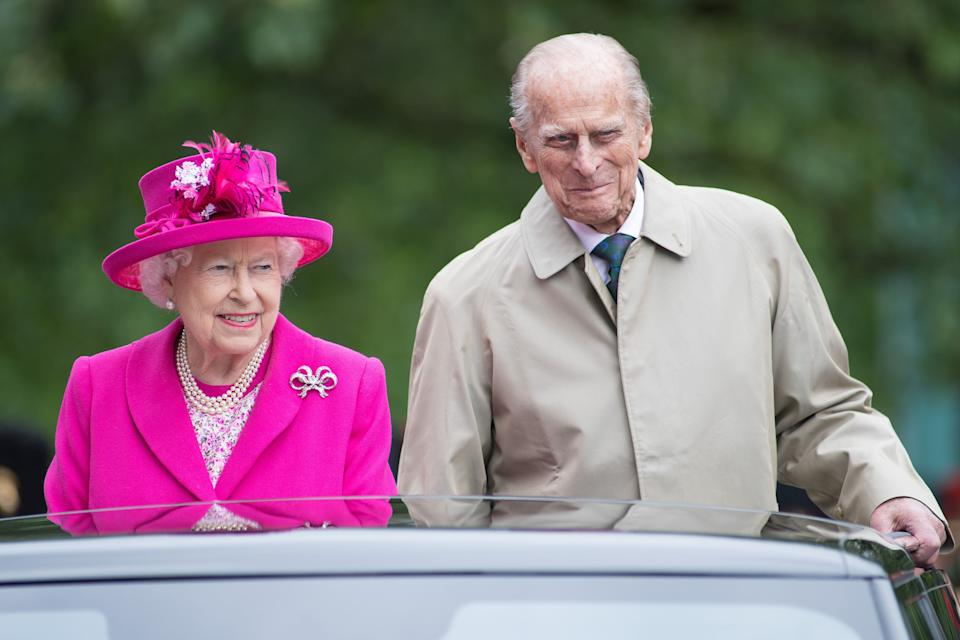 """Queen Elizabeth and the Duke of Edinburgh during """"The Patron's Lunch"""" celebrations for the Queen's 90th birthday on June 12, 2016, in London. (Photo: Jeff Spicer via Getty Images)"""