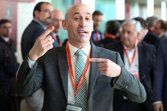 Luis Rubiales, one of the presidential candidates for Spanish Soccer Federation, gestures as he arrives to attend a general assembly in Las Rozas, Spain, May 17, 2018. REUTERS/Sergio Perez